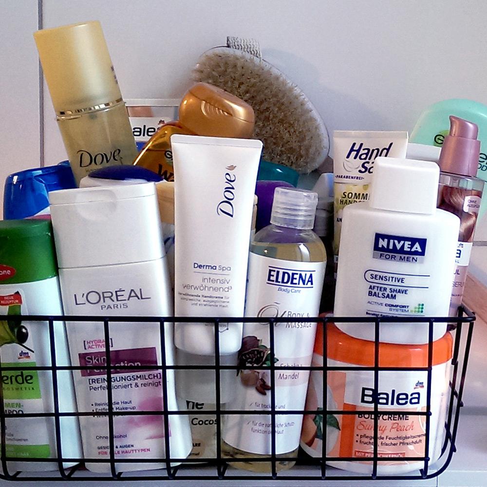 Aufräum-Aktion Hygiene-Produkte