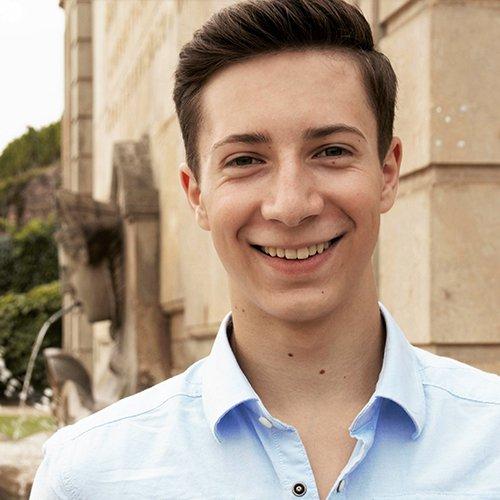 Max Kunert, 17-jähriger Abiturient will Modeschöpfer werden