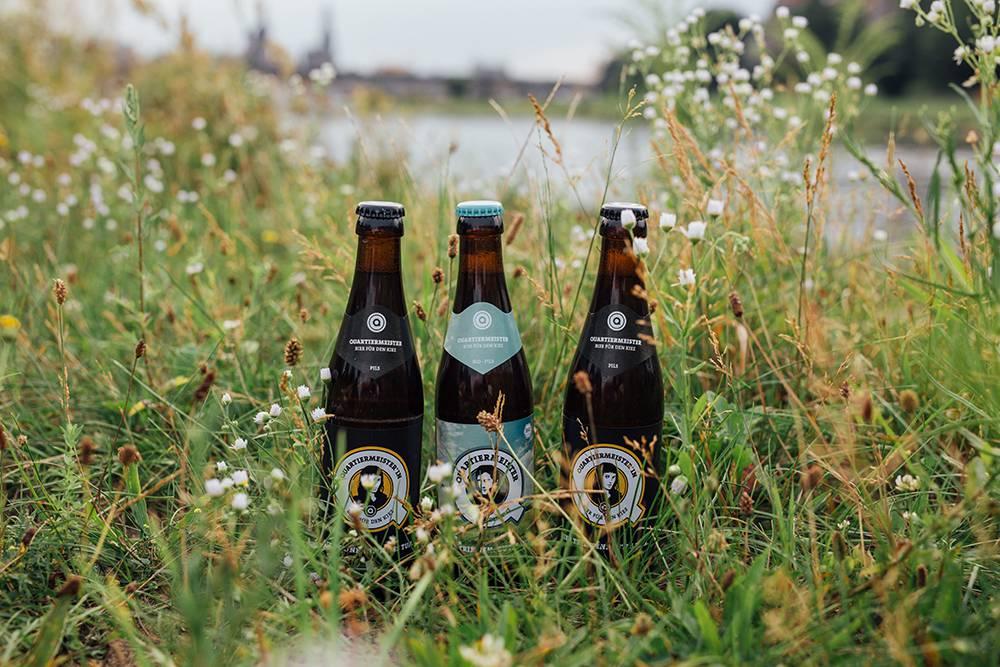 Bio-Bier im Grad an der Dresdner Elbe